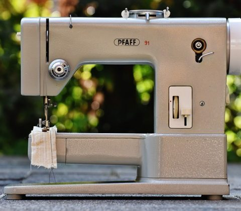Choosing the Right Sewing Machine